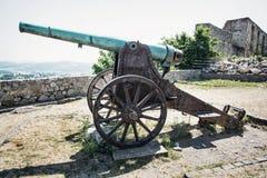Canhão histórico oxidado, Trencin Fotografia de Stock