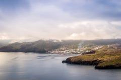 Canical,从Ponta de圣洛伦索,马德拉岛的看法 库存照片
