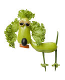Caniche engraçada feita de legumes frescos Imagens de Stock