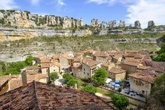 Canion en middeleeuws dorp van Orbaneja del Castillo, Burgos, SP royalty-vrije stock afbeeldingen