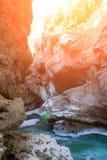 Canion van een bergrivier Stock Fotografie