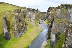 Canion van Fatallity (Fjadrargljufur) - de Grote canion van IJsland Stock Foto