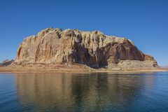 Canionhoogtepunt van water in de nauwe vallei van het Meerpowell van Arizona stock afbeeldingen