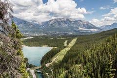 Canmore από τη λίμνη Grassi Στοκ εικόνες με δικαίωμα ελεύθερης χρήσης