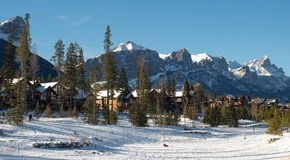 Canmore, parque nacional de Banff, canadense Montanhas Rochosas Foto de Stock