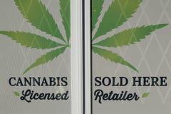 Cannabis au détail images stock