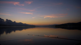 Canne à pêche, pêche de nuit Image stock