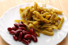 Canned red and green Kidney beans Royalty Free Stock Images