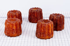 Canneles de la torta de Francia Imagenes de archivo