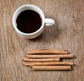 Cannelle et café Photographie stock