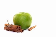 Cannelle et pomme Photos stock