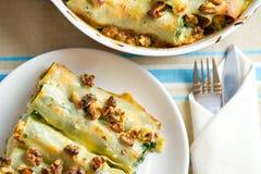 Cannellone con spinaci Fotografia Stock Libera da Diritti
