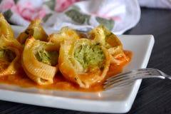 Cannelloni с сыром и шпинатом творога Стоковая Фотография