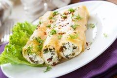 Ιταλικό cannelloni με το μαλακό τυρί Στοκ Φωτογραφίες