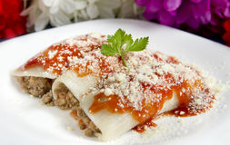 Cannelloni de la carne picada Imagen de archivo