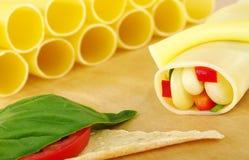 Cannelloni enchido com os vegetais Imagem de Stock Royalty Free