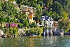 Cannero Riviera auf Lago Maggiore stockbild