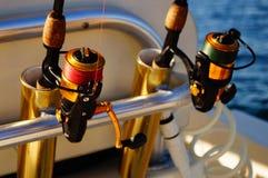 Cannes à pêche en voyage en mer Image libre de droits