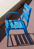 Cannes - chaise bleue Photographie stock libre de droits