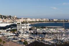 Cannes com Croisette e Palais de Festival fotografia de stock