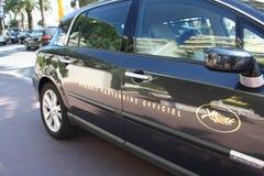 Cannes-Festivalfilmauto Beamtlogo Lizenzfreie Stockfotos