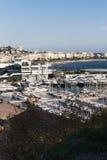 Cannes met Croisette en Palais DE Festival Royalty-vrije Stock Foto's