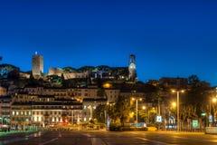 Cannes vid natt. Arkivbild