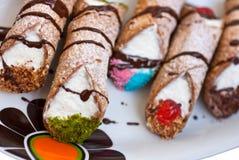 cannoli Di pastry ricotta σισιλιάνο στοκ εικόνες με δικαίωμα ελεύθερης χρήσης