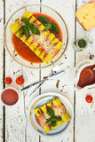 Cannoli med spenat och ost Royaltyfri Bild