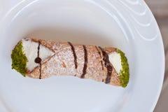 cannolo Di pastry ricotta σισιλιάνο στοκ εικόνα με δικαίωμα ελεύθερης χρήσης