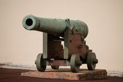 Cannon near Royal Palace, official residence of the Prince of Mo. Naco stock photography