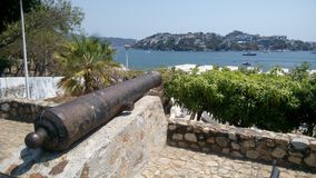 Cannon pointing to the sea Royalty Free Stock Photos