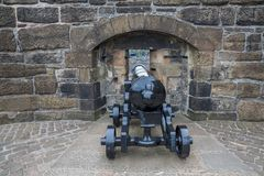 Cannon and wall of Edinburgh castle Stock Photo