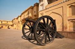 Cannone ambrato della fortificazione Immagini Stock