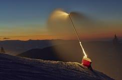 Cannone attivo della neve Fotografia Stock