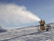 Cannone della neve Immagini Stock Libere da Diritti