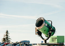 Cannone della neve nel parcheggio Fotografia Stock