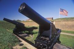 Cannone fuori del monumento nazionale di McHenry della fortificazione Immagine Stock