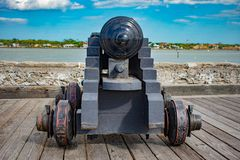Cannone su gundeck in Castillo de San Marcos Fort 1 immagine stock libera da diritti