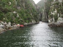 Canoéistes en gorge de Tsitsikamma photos stock