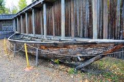 Canoë historique, fort Edmonton, Canada occidental photographie stock libre de droits