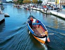Canoës à Aveiro, Portugal photographie stock