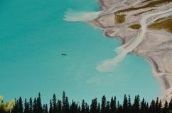 Canoës chez Lake Louise de au-dessus de 6 images libres de droits