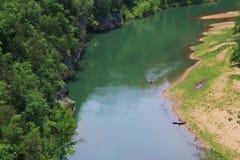 Canoës sur la rivière de ressortissant de Buffalo image libre de droits