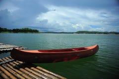 Canoa. Imagen de archivo libre de regalías