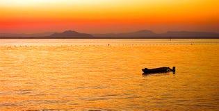 Canoa d'en de Puesta Images stock