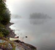 Canoa de la bahía de Parkside Foto de archivo libre de regalías