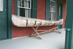 Canoa de la corteza de abedul Fotografía de archivo libre de regalías