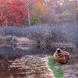 Canoa del otoño Fotografía de archivo