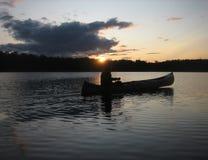 Canoa di tramonto Fotografia Stock Libera da Diritti